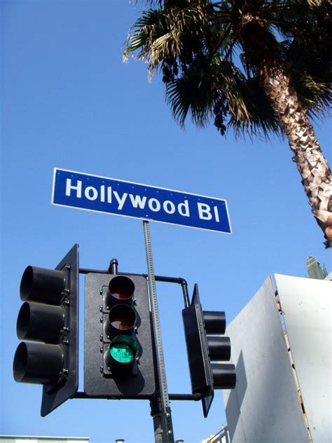 Free Hollywood Pictures and Stock Photos