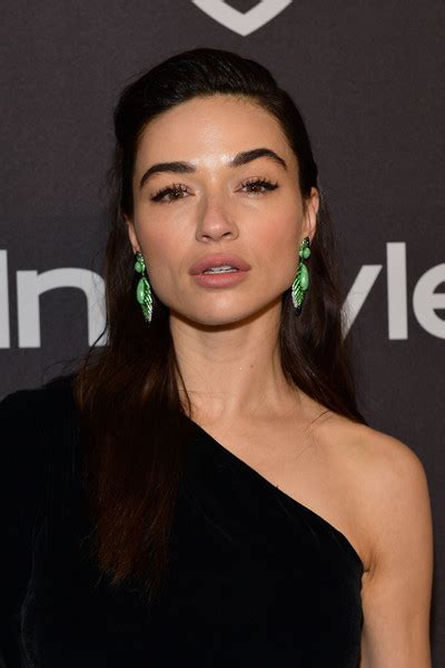 Crystal Reed Photos Photos - The 2019 InStyle And Warner