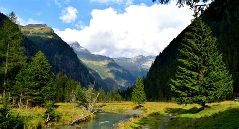 Seebachtal - easy scenic hiking in the Austrian Alps