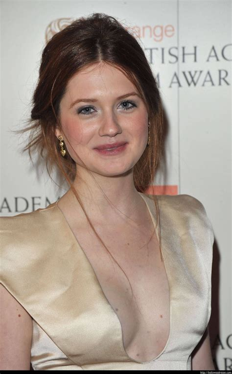 Bonnie Wright Height Weight Age Affairs Body Stats