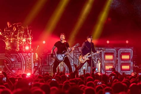 Nickelback frontman Chad Kroeger vows to write 'here we f