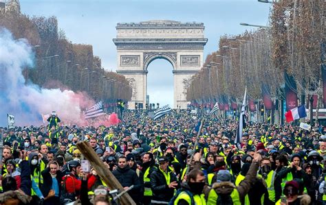 """What Could the French """"Yellow Vests"""" Teach Us about Ourselves?"""