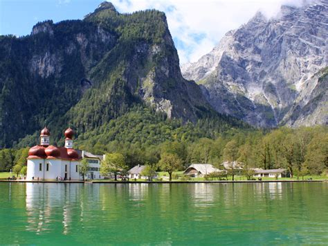 Discover the Bavarian way of life in nature   Bavaria