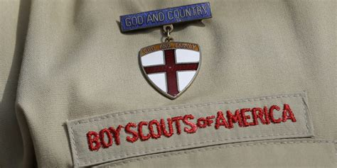 Boy Scouts Move Closer To Ending Ban On Gay Adults | HuffPost
