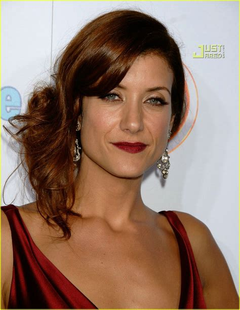 Kate Walsh: I Have Something Stuck in My Teeth!: Photo