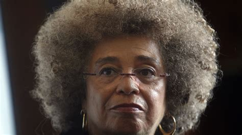 Icon Angela Davis wants activists of South Africa's Fees